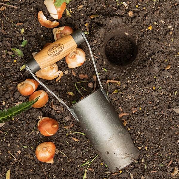 DeWit Hand Bulb Planter gardening gift ideas