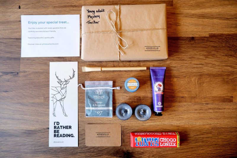 Ultimate Book Lover Gift Box
