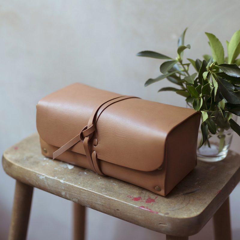 Leather wash bag for men