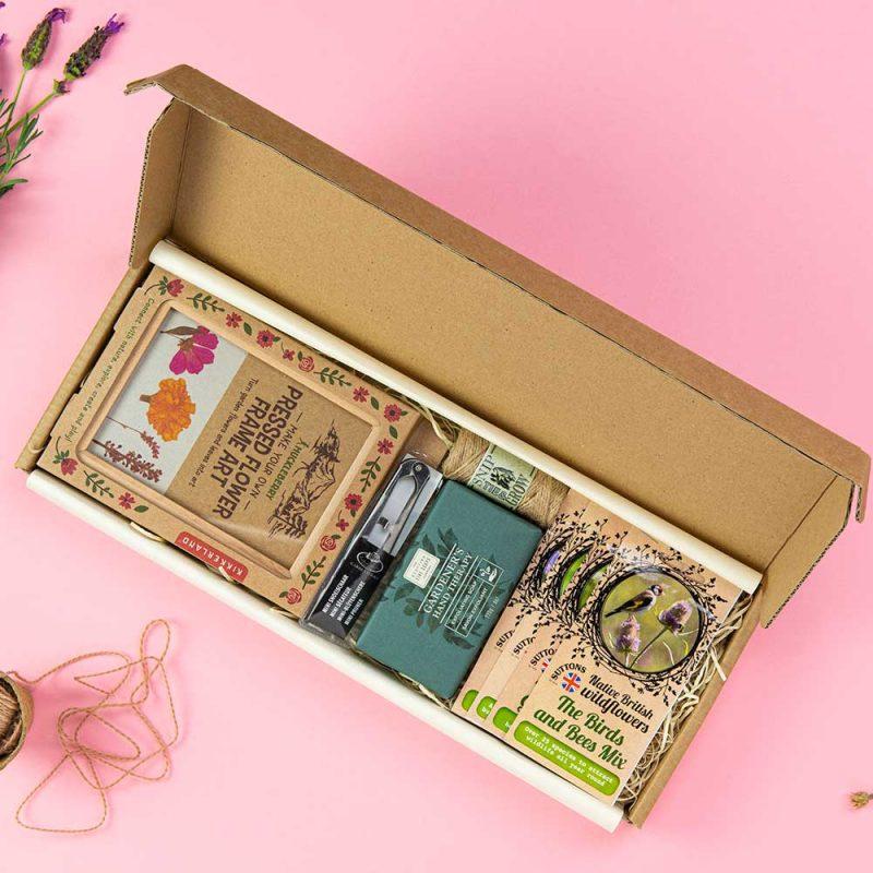 Sustainable gift idea Wildlife Letterbox Gift
