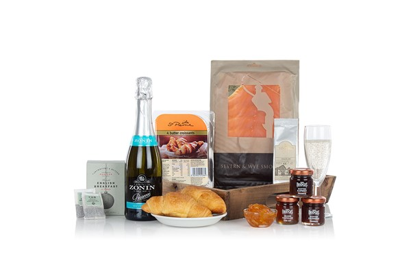Breakfast in bed gift for couples